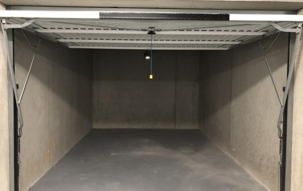 2A IMMOBILIER : Garage / Parking | AJACCIO (20090) | 18 m2 | 130 €