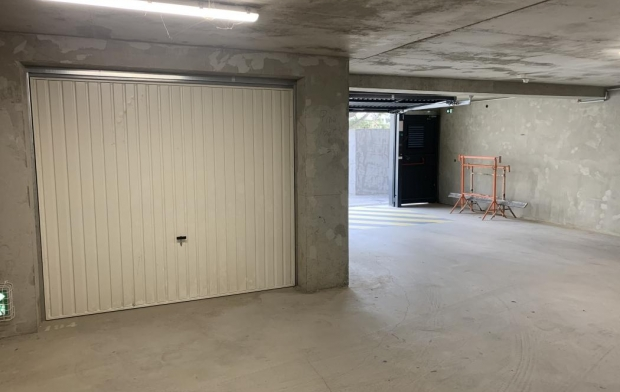 2A IMMOBILIER : Garage / Parking | AJACCIO (20090) | 13 m2 | 120 €